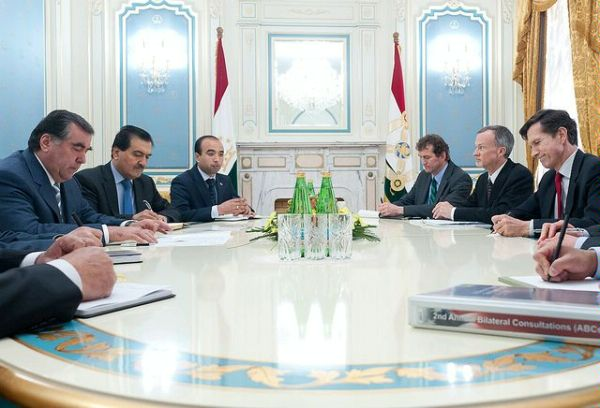 Assistant Secretary Blake Meets With Tajik President Rahmon