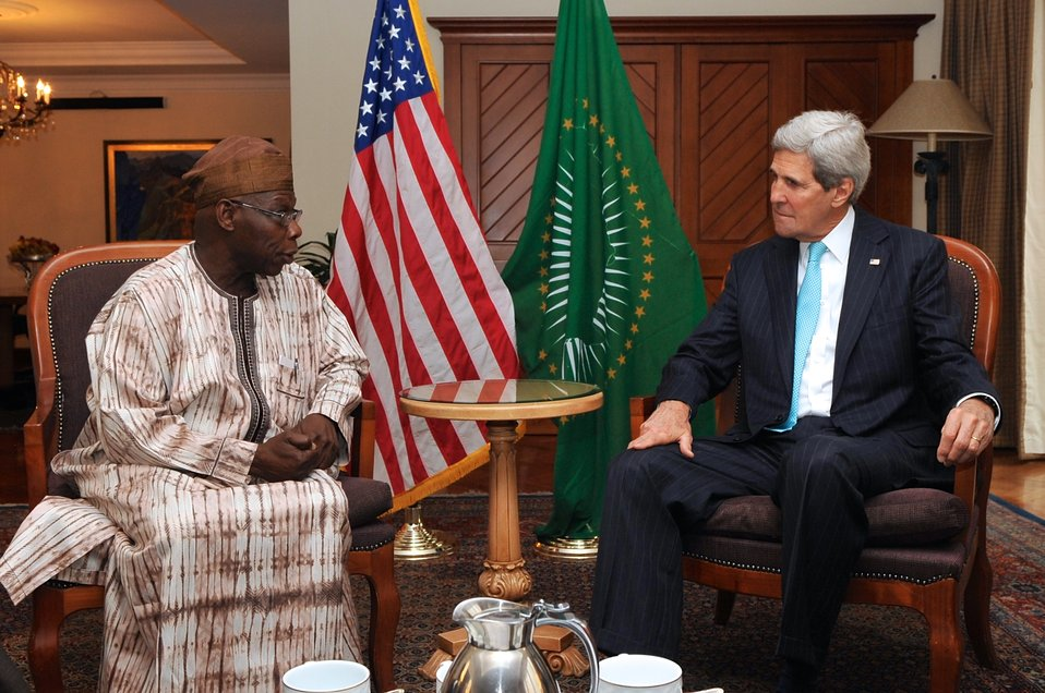 Secretary Kerry Discusses South Sudan With Former Nigerian President Obasanjo