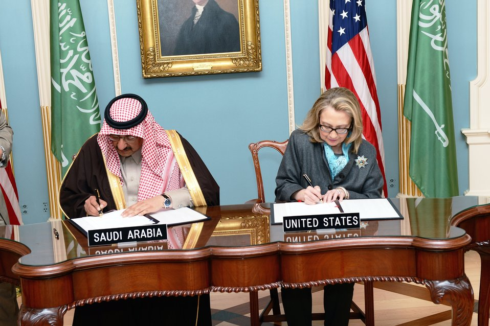 Secretary Clinton and Prince Mohammed bin Naif bin Abdulaziz Participate in a Signing Ceremony