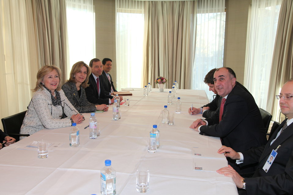 Secretary Clinton Holds a Bilateral Meeting With Azerbaijan Foreign Minister Mammadyarov