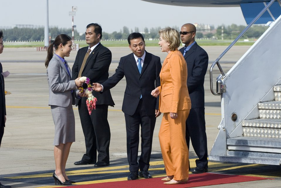 Secretary Clinton Arrives at Bangkok, Thailand