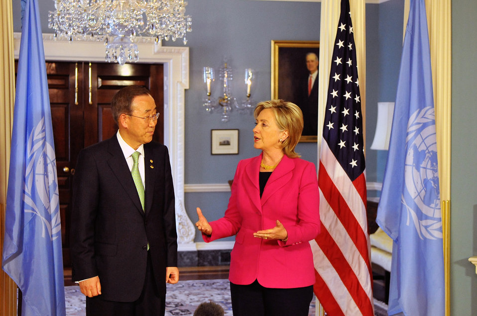 Secretary Clinton Meets with UN Secretary General