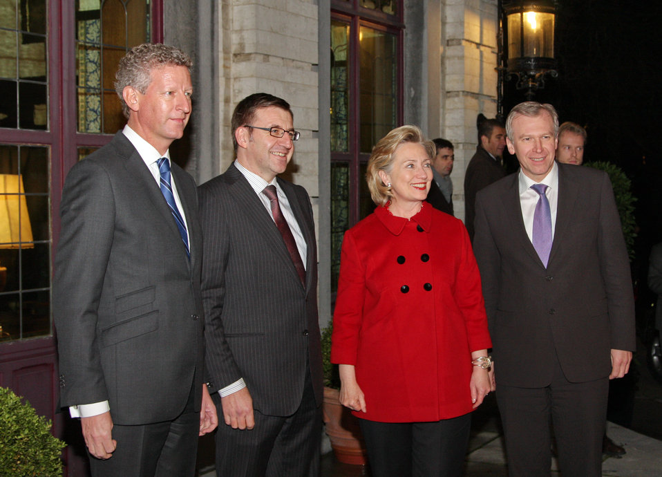 Secretary Clinton Meets With Belgian Officials