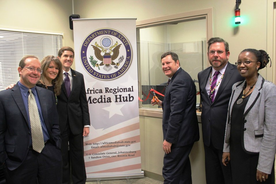 Assistant Secretary Hammer Launches the New Location of the Africa Regional Media Hub