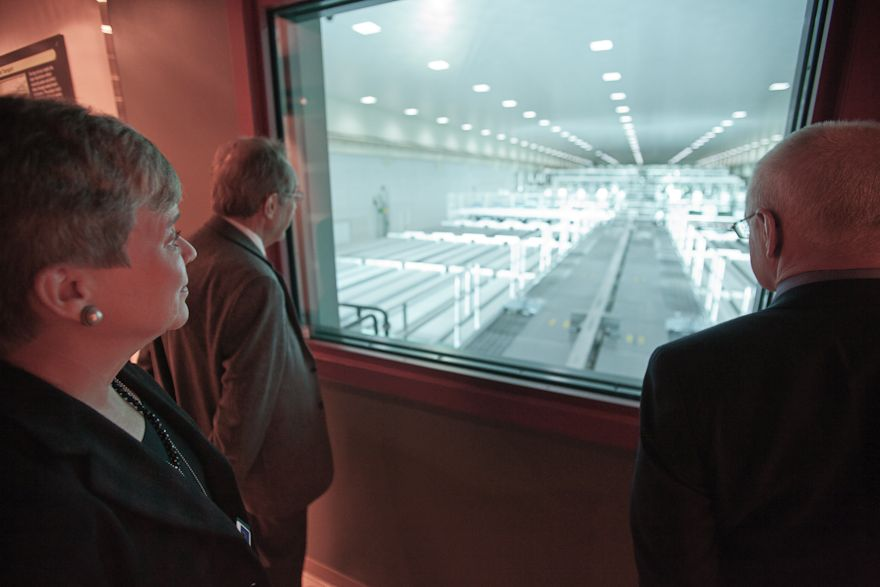 Acting Under Secretary Gottemoeller Visits the National Ignition Facility