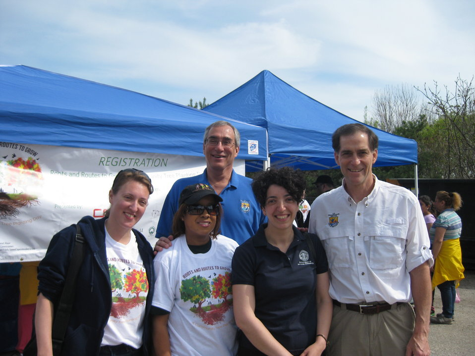 FWS Director Dan Ashe, R3 RD Tom Melius with Chicago Park District staff ZhannaYermakov and Cathy Breitenbach