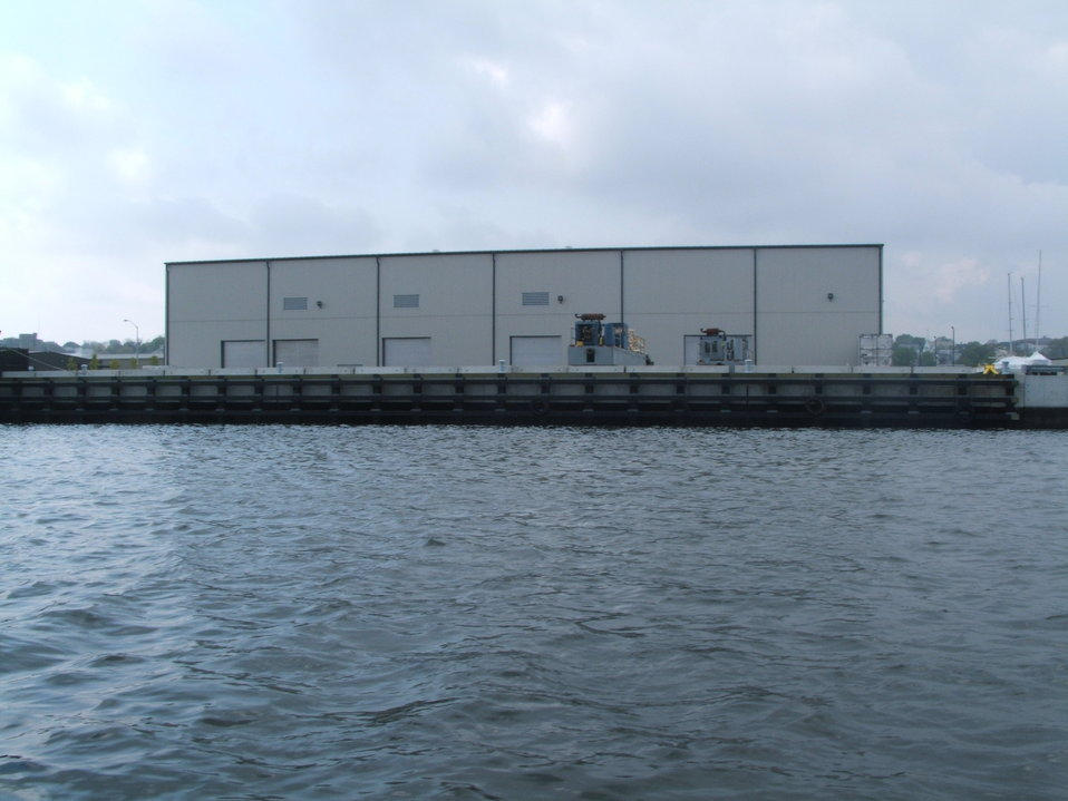 June 2003, the de-watering facility ready for the start of full scale dredging in 2004