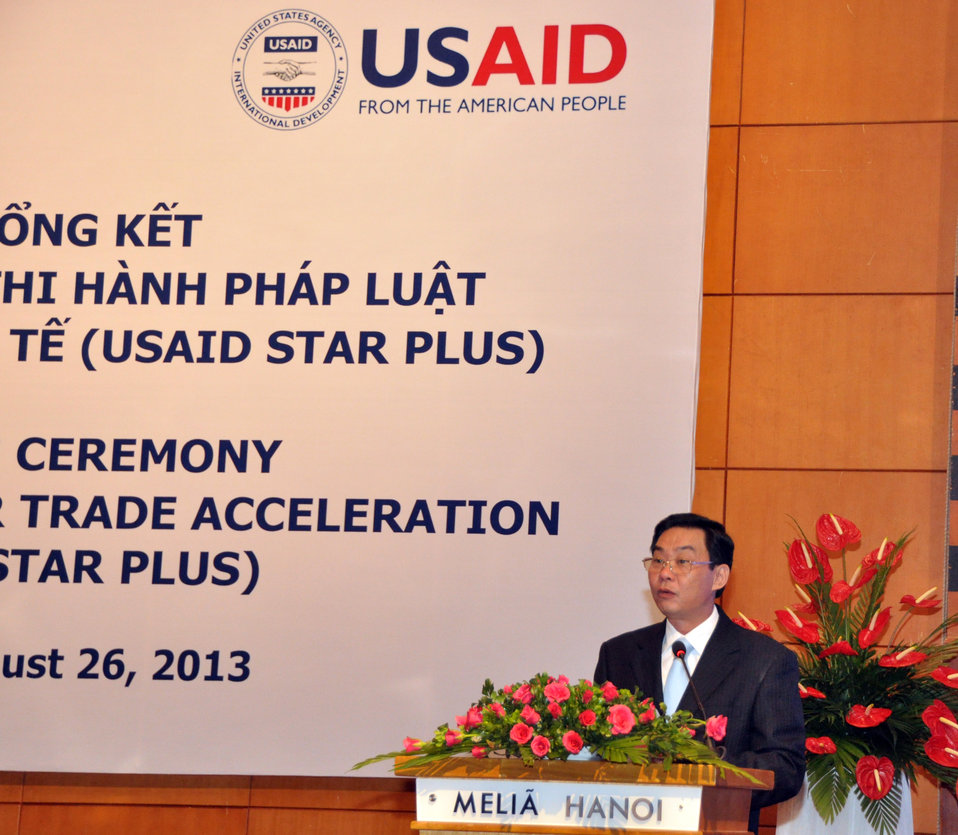 Vietnam's Vice Minister of Justice Le Hong Son speaks at the USAID's Support for Trade Acceleration Project (USAID STAR Plus) Closing Ceremony