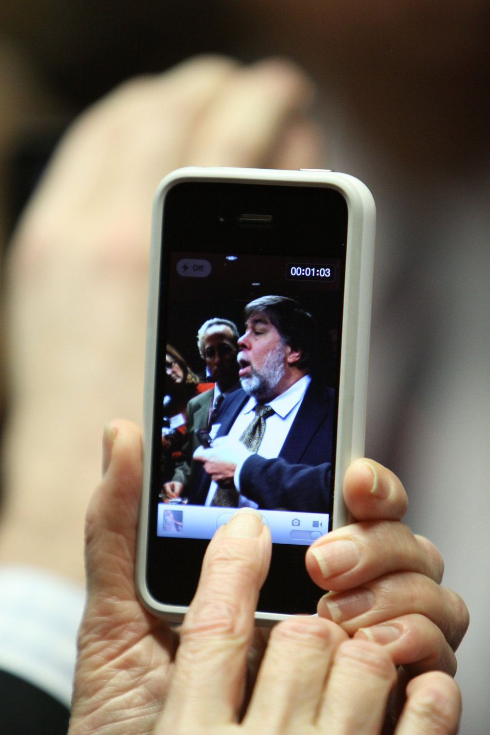 Reporter Captures Apple Co-Founder Steve Wozniak's Statements Following the Meeting