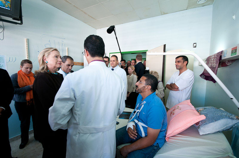 Secretary Clinton Meets With Wounded Soldiers