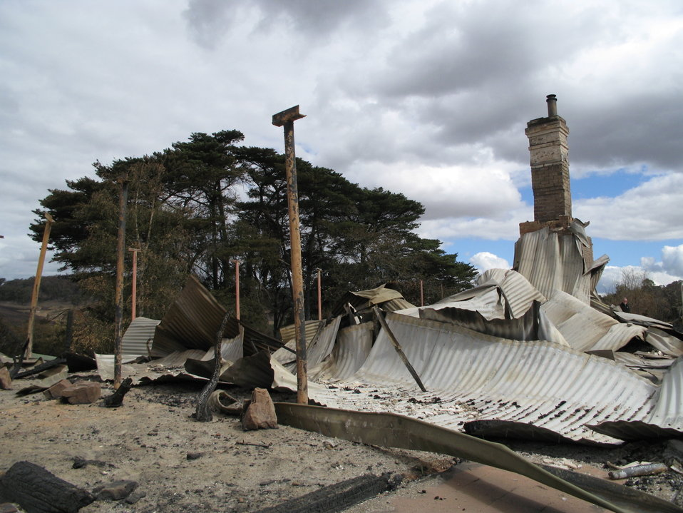 A house damaged by bushfires in the Kinglake complex, in Steels Creek. Photo taken by myself with verbal permission of the owners, 10th of February, 2009.