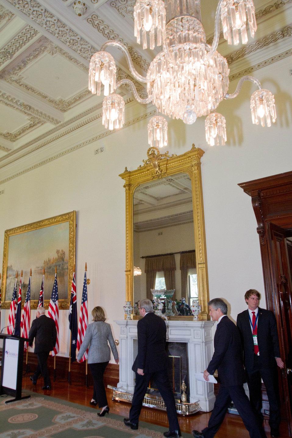 Secretary Gates, Secretary Clinton, Australian Foreign Affairs Minister Rudd, and Austrailan Defense Minister Smith Walk into the Press Conference