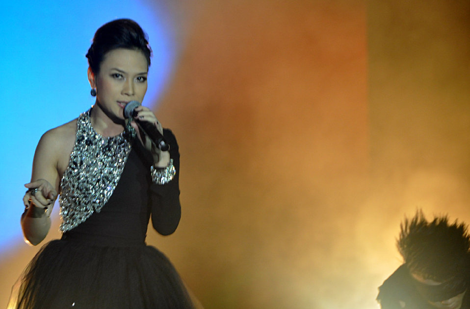 My Tam Performs at MTV EXIT Concert in Hanoi, May 26, 2012