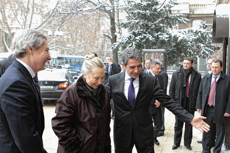Secretary Clinton Is Welcomed By Bulgarian President Plevneliev