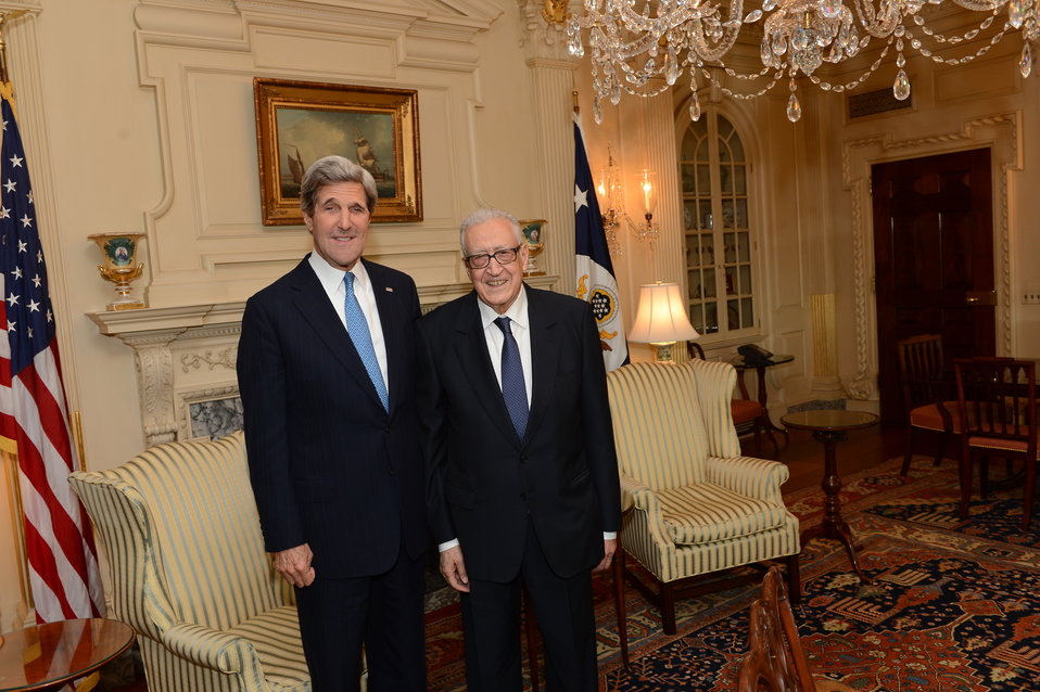 Secretary Kerry Meets With UN Peace Envoy to Syria Brahimi