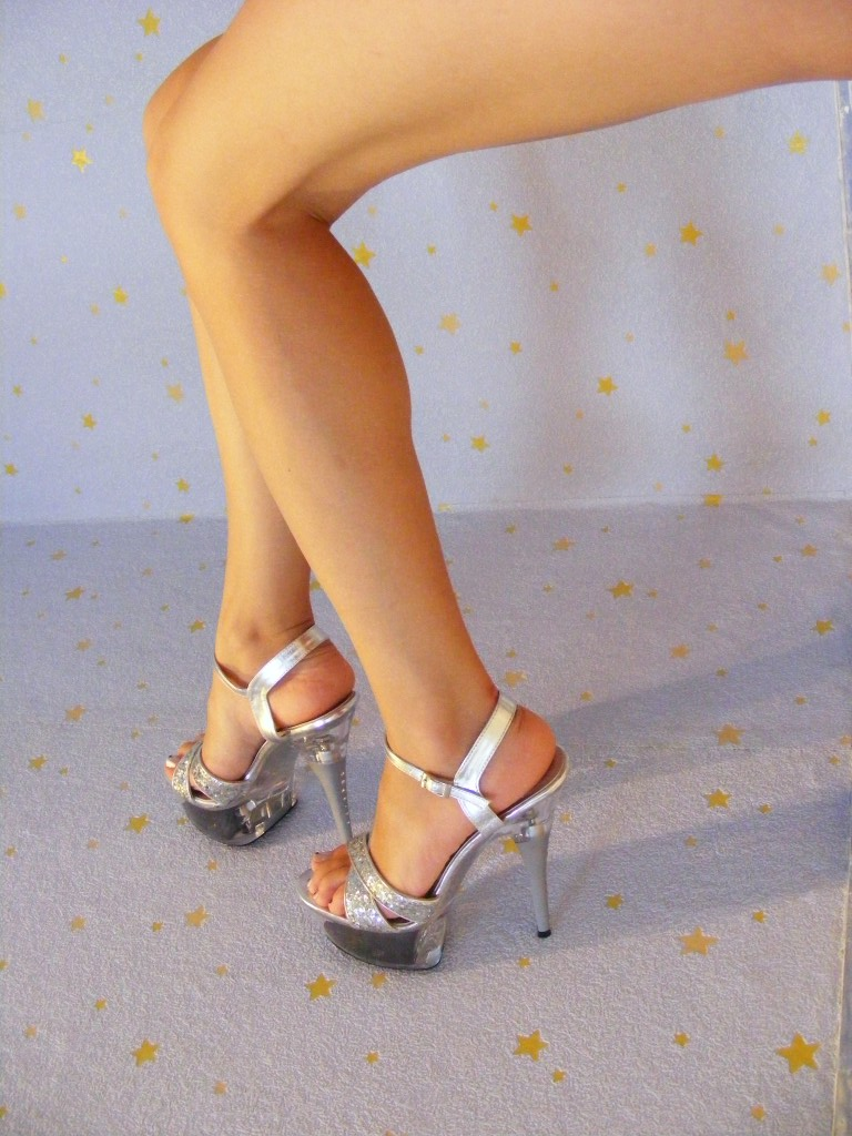 Sexy-Legs-With-High-Heels