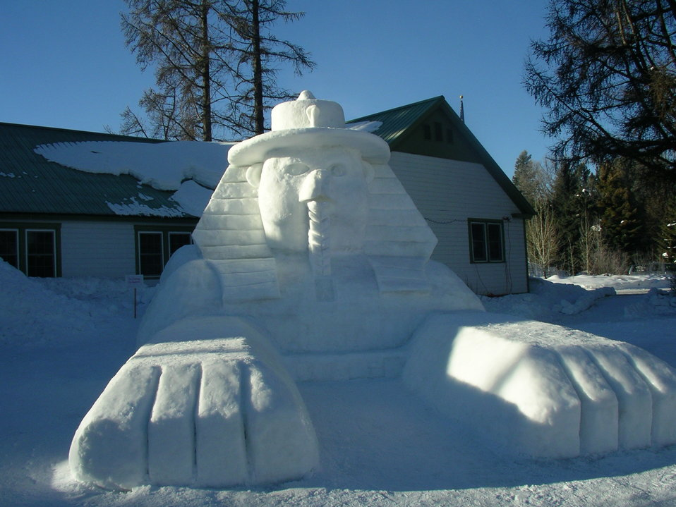 Smokey Snow Sculpting 4