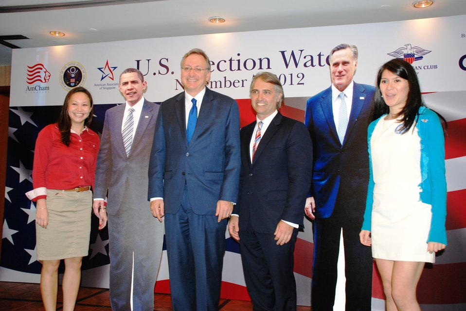 Ambassador Adelman Poses for a Photo With the Candidates