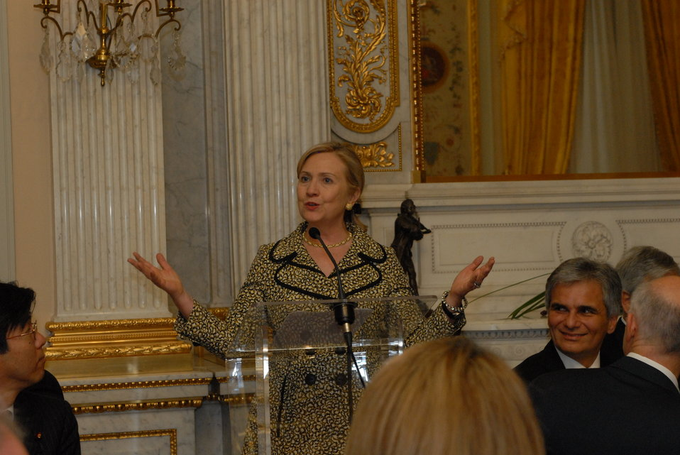 Secretary Clinton Hosts a Dinner for Heads of Delegation Participating in the OECD Ministerial Council Meeting