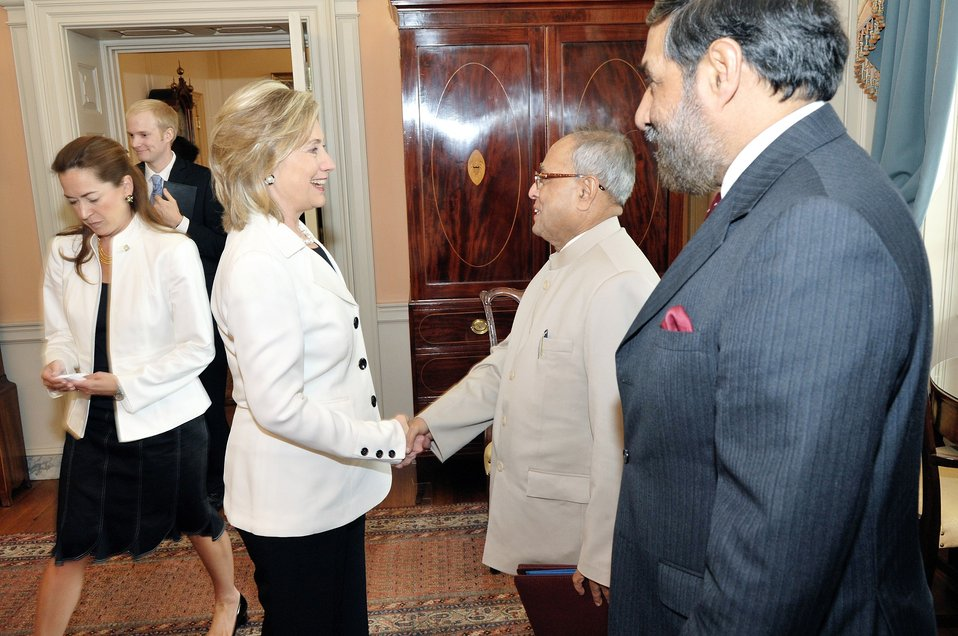 Secretary Clinton Shakes Hands With Indian Finance Minsiter Mukherjee