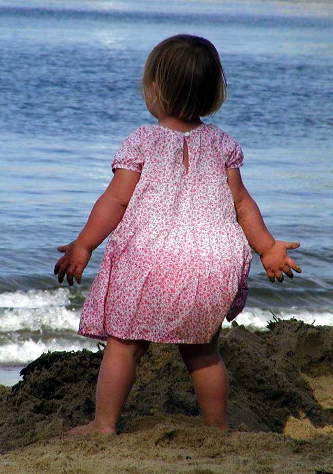 Uploaded by request of Michelle Roberts.  The photo was taken in Rockport, MA of her daughter Caroline, age 2.  This picture inspired Mich