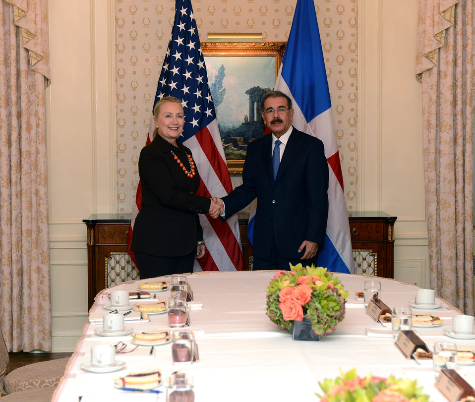 Secretary Clinton Meets With Dominican Republic President Medina