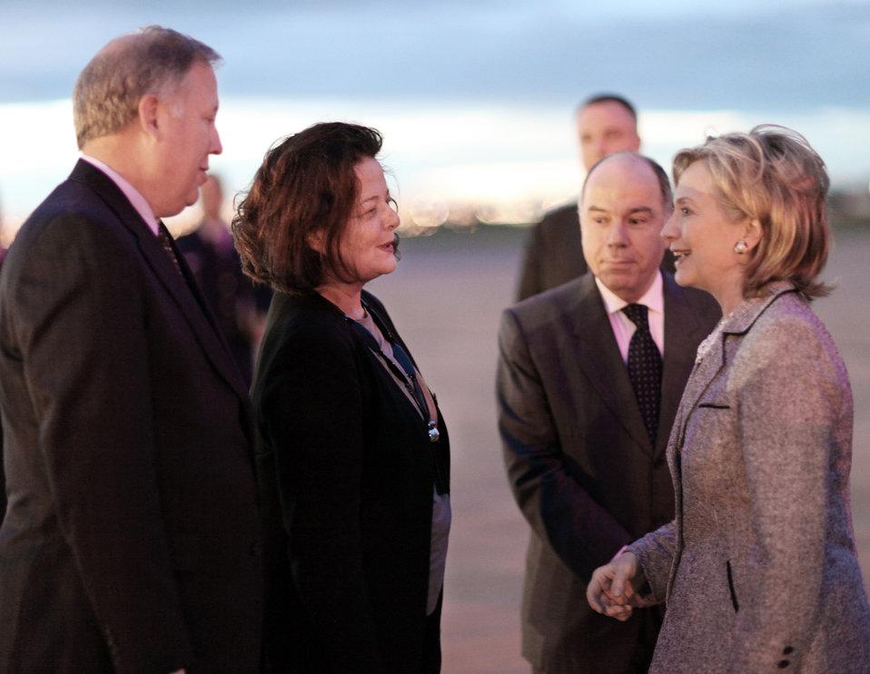 Secretary Clinton Greets Ambassador Vera Machado