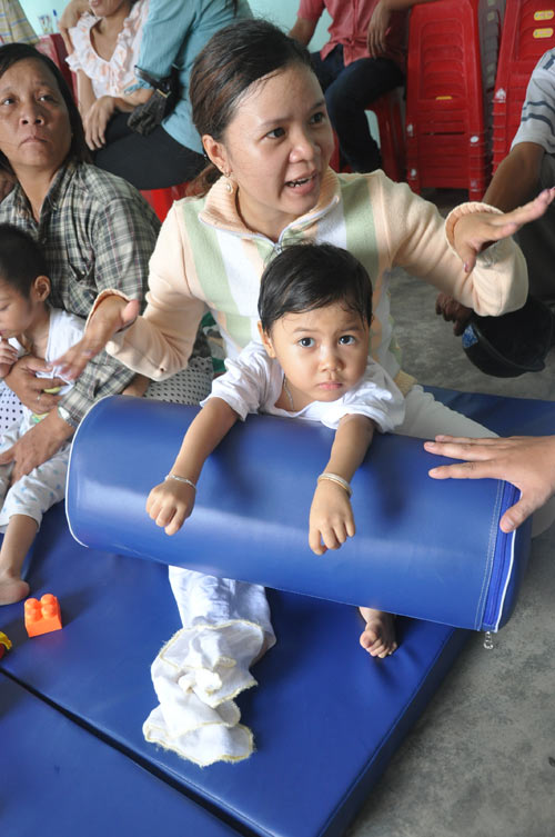USAID-supported Community Rehabilitation Unit, Danang