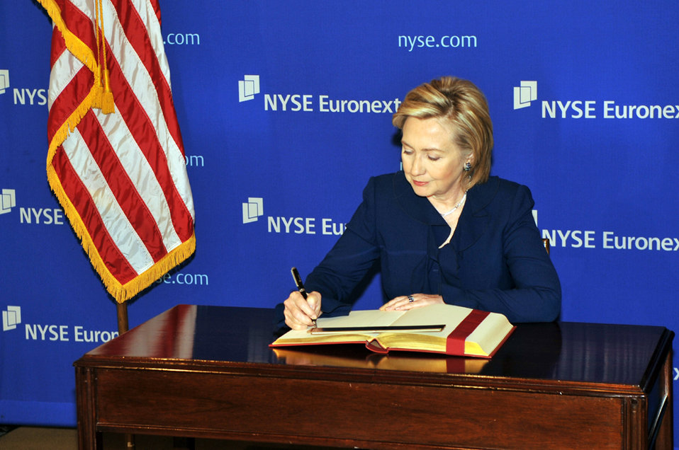 UNGA 2009: Secretary Clinton Meets With New York Stock Exchange CEO
