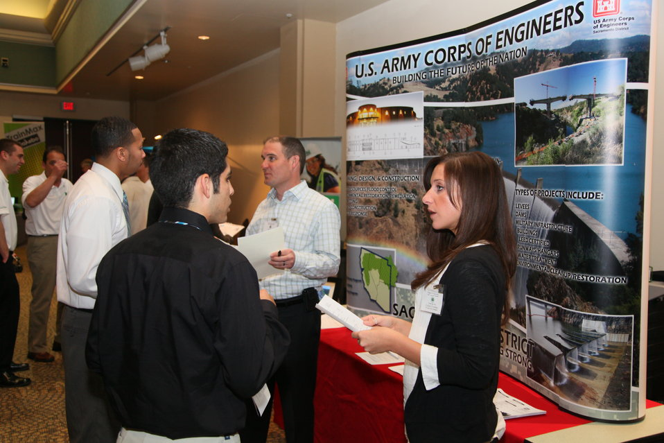 Engineers talk careers at Sac State