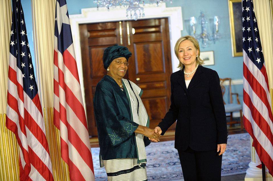 Secretary Clinton Holds Bilateral Meeting With Liberian President Ellen Johnson Sirleaf