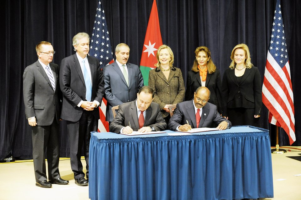 Secretary Clinton Presides Over the Signing Ceremony of the Millennium Challenge Corporation Compact With Jordan