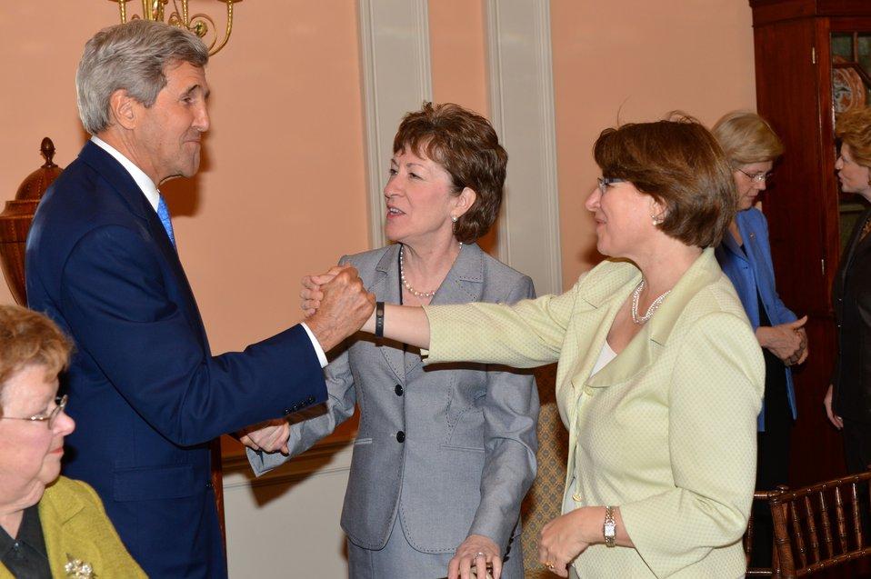 Secretary Kerry Greets Senator Klobuchar