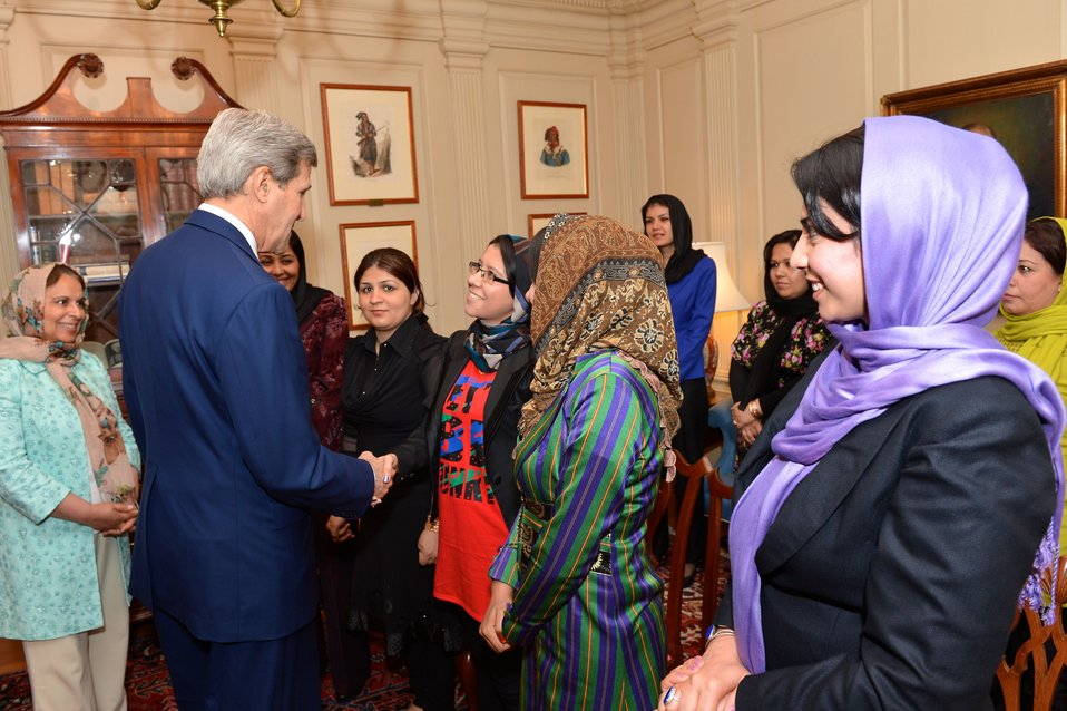Secretary Kerry Meets With Female Afghan Journalists