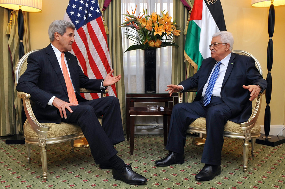 Secretary Kerry Meets With Palestinian Authority President Abbas in London