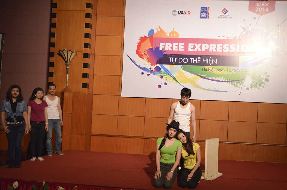 USAID supports celebration of IDAHOT Day 2014 in Hanoi