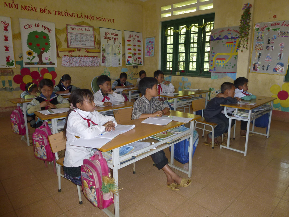 USAID supports deworming medication for school children in Bat Xat district of Lao Cai province