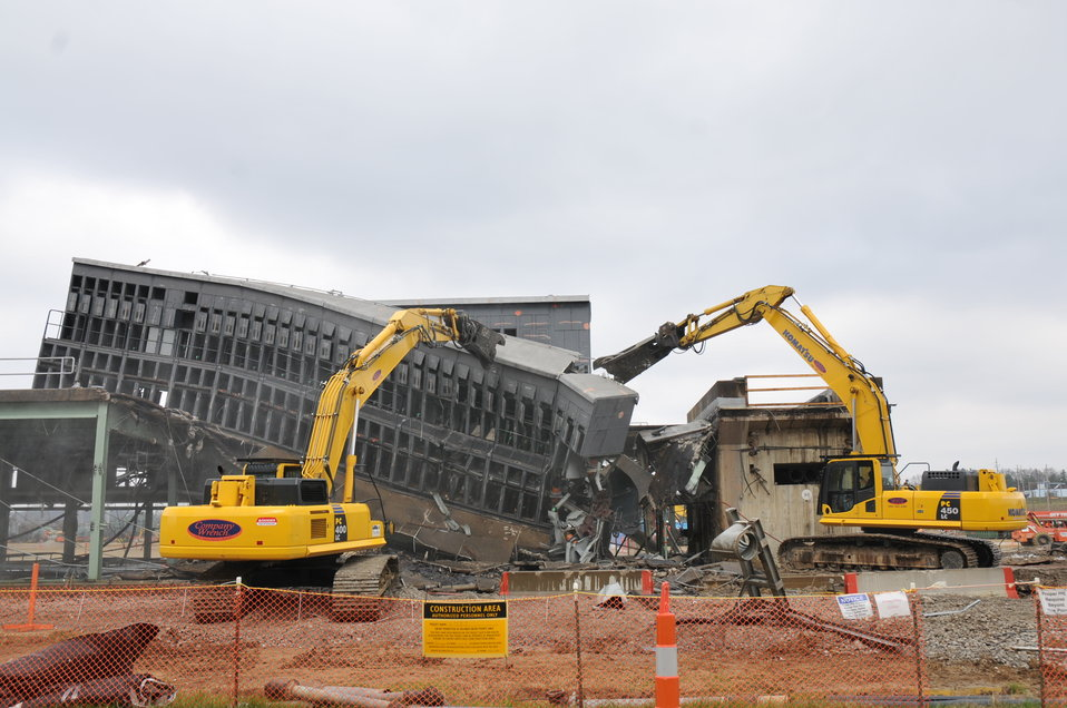 Switchyard demolition at Portsmouth