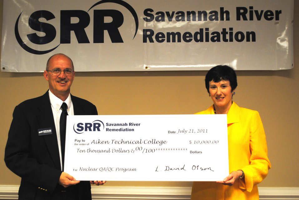 SRR Donates $10,000 For Nuclear Training at Aiken Technical College