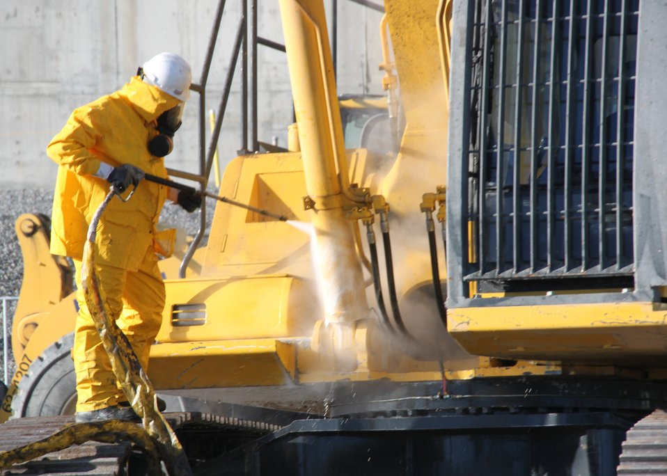 Recovery Act Funds Accelerate Cleanup, Reduce Footprint at Hanford Site