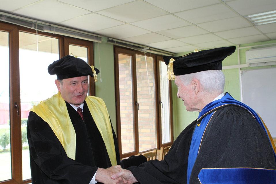 100526 AUAF Graduation 056