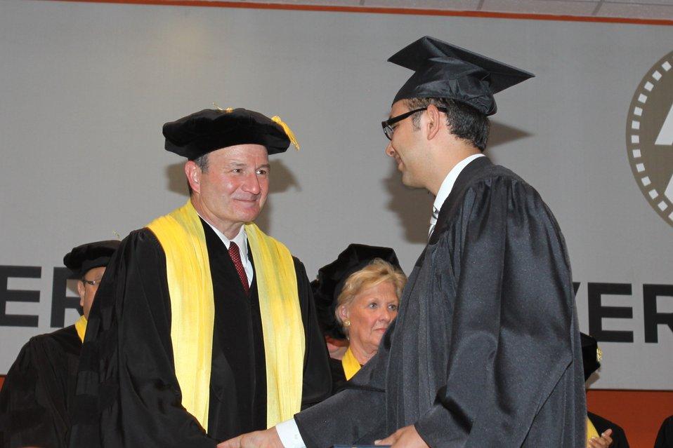 100526 AUAF Graduation 271