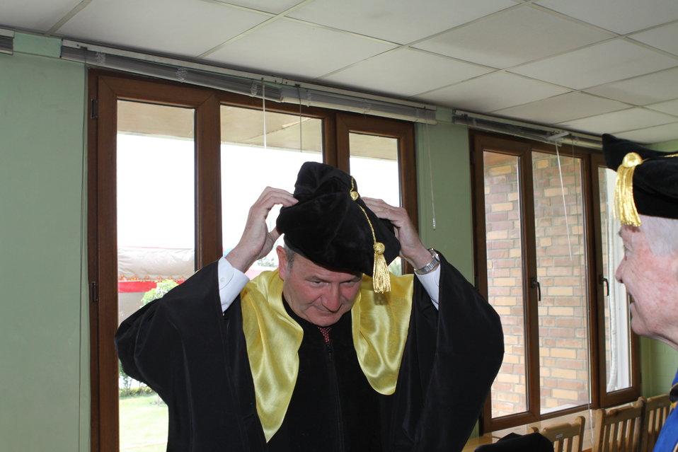 100526 AUAF Graduation 051