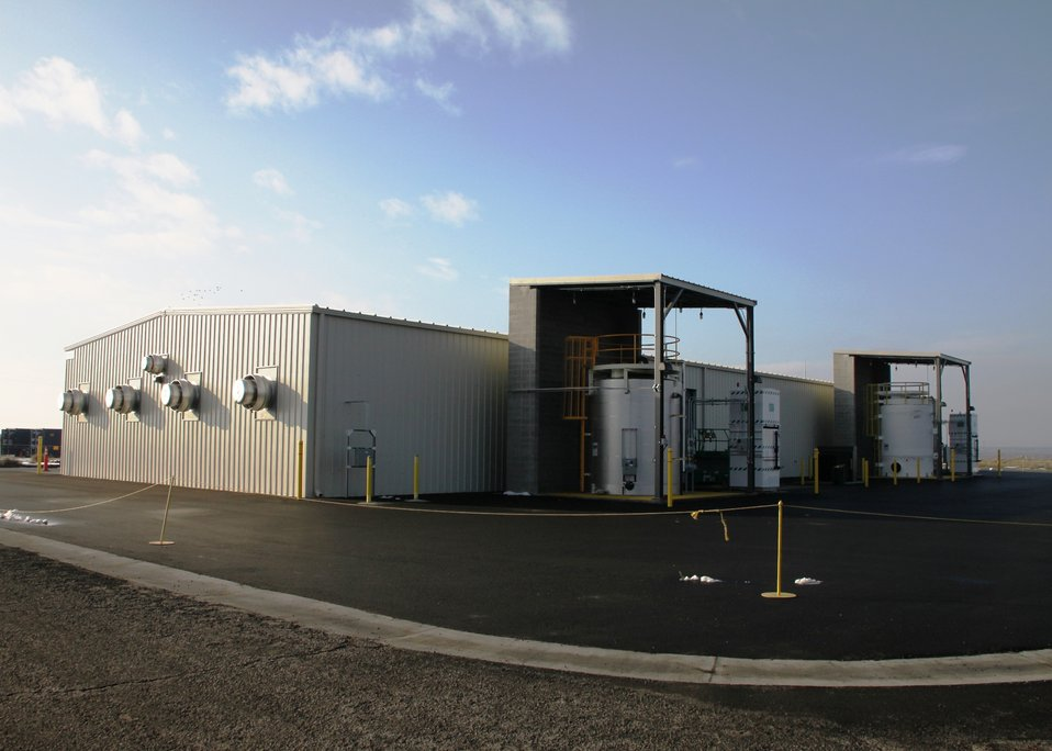 Richland Story -100 DX Groundwater Treatment Facility