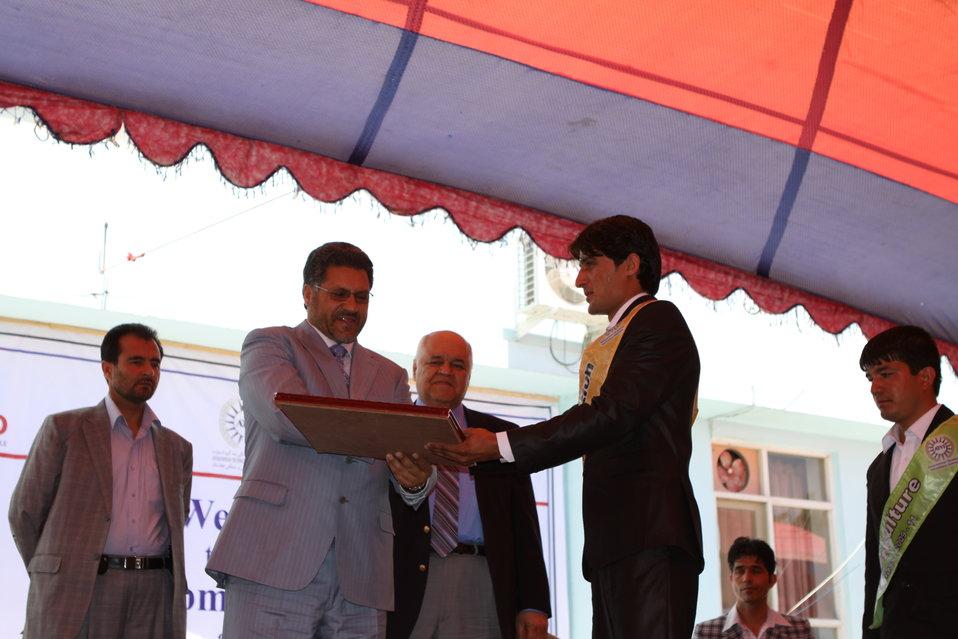 100522 ATVI Graduation 113