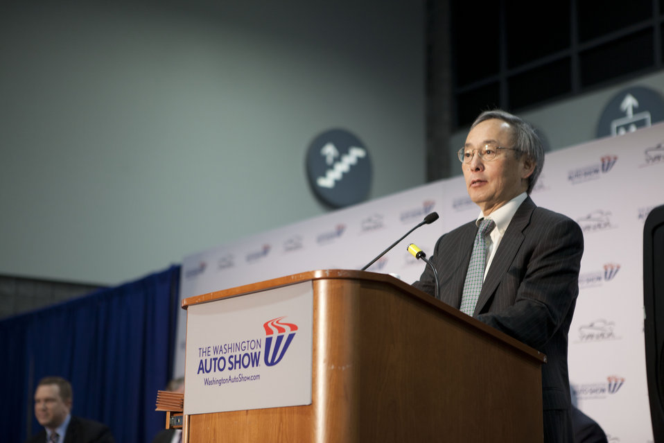 Today at the Washington Auto Show, Energy Secretary Steven Chu announced a new EV Everywhere initiative -- the Workplace Charging Challenge