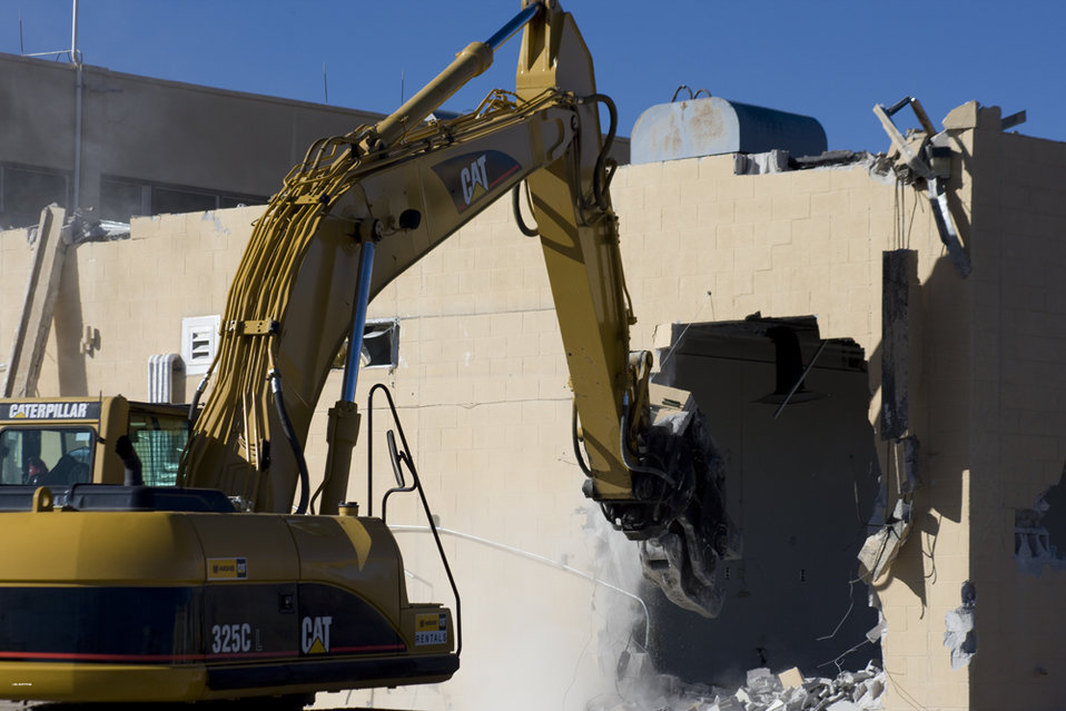 Building Demolition at Los Alamos National Laboratory Technical Area 21