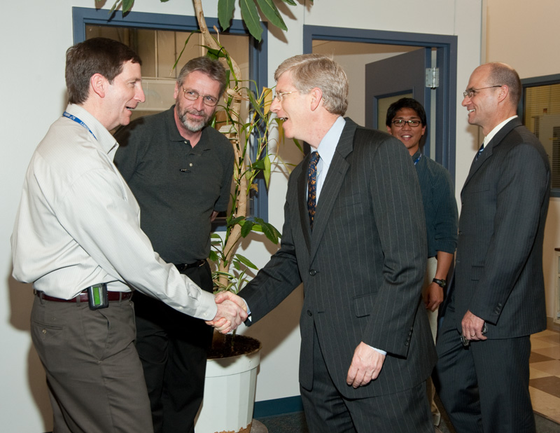 Deputy Secretary Daniel Poneman meets KCP employees.