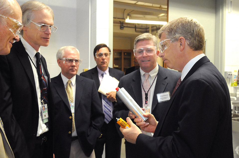 A visit to Argonne's energy storage program