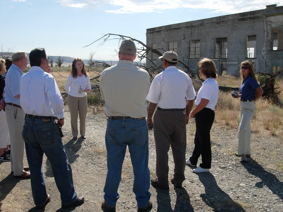 Tri-Cities Visitor and Convention Bureau tour of the Hanford Site
